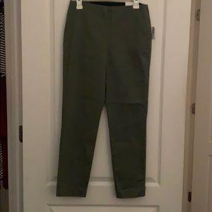 Old Navy elastic waist dress pants NWT SIZE 8